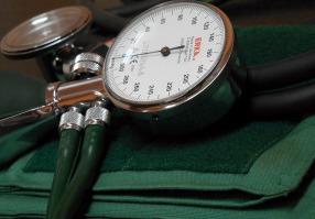 blood-pressure-monitor-350930_1920